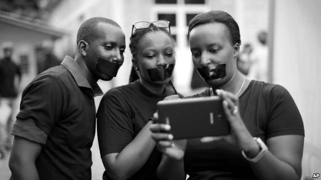 Journalists protest on World Press Freedom Day, Bujumbura, Burundi, May 3, 2015.